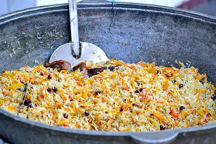 узбекский плов 羊肉饭